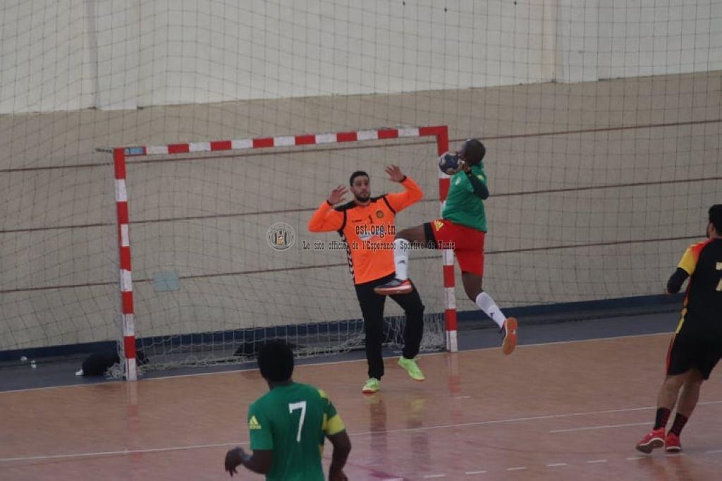 CAVC/1J: La victoire de nos handballeurs en images (EST 40-23 FAP)
