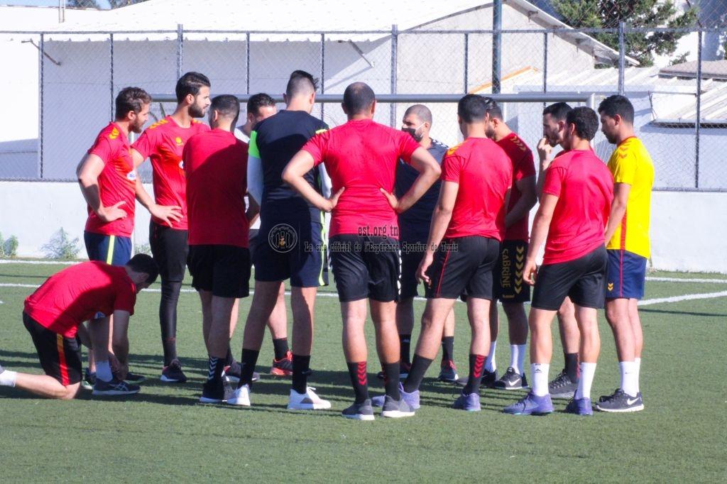 Les handballeurs retrouvent le chemin de l'entraînement (Photos)